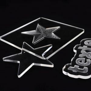 usinage pièce plastique transparente