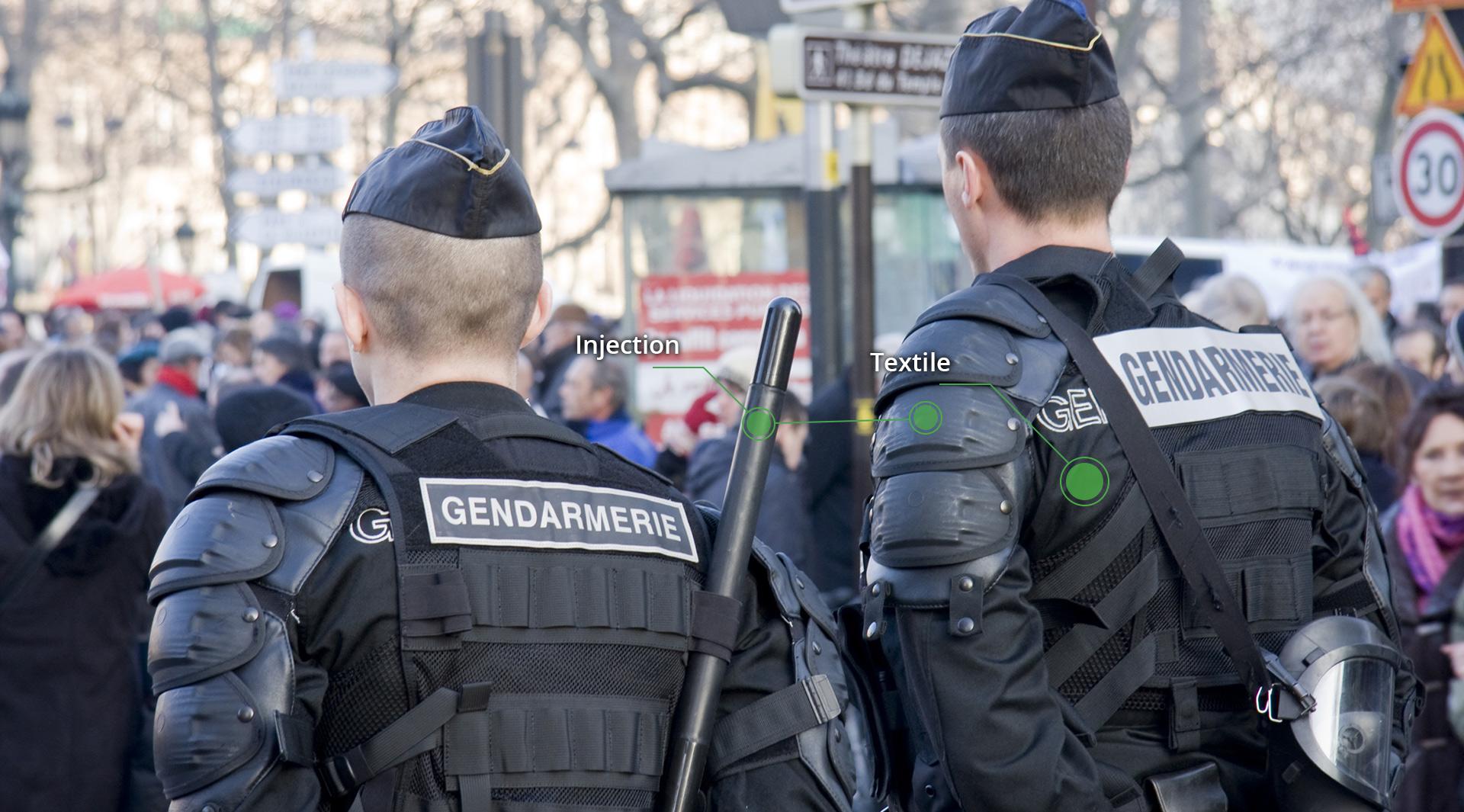 Pièces plastiques avec une bonne tenue aux chocs pour assurer la protection des hommes tels que les CRS www.sagaertplastique.com